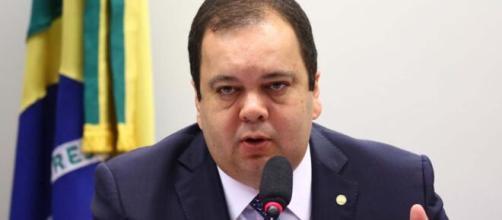 O relator do projeto, Elmar Nascimento (DEM-BA), tem 72 horas para apresentar parecer final. (Arquivo Blasting News)