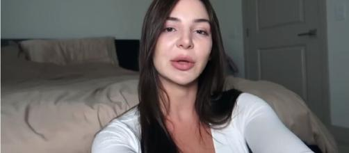 90 Day Fiancé: Anfisa spark rumors about her re-entry into the adult industry. [Image Source: Anfisa/YouTube]