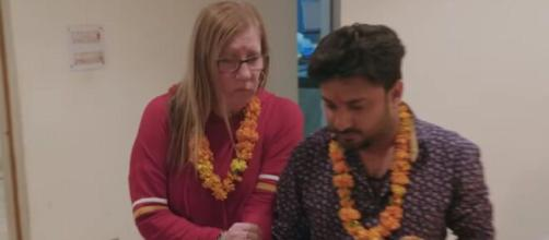 '90 Day Fiancé': Jenny will have to turn Hindu to marry Sumit. [Image Source: TLC/ YouTube]