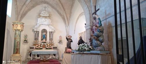 Altare dedicato alla Madonna degli Angeli nella chiesa di Santa Maria di Betlem.
