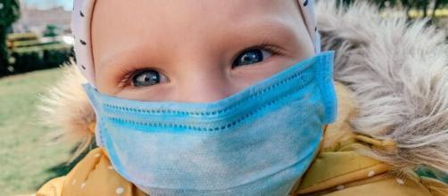 Bonus baby sitter coronavirus anche per nonni e zii