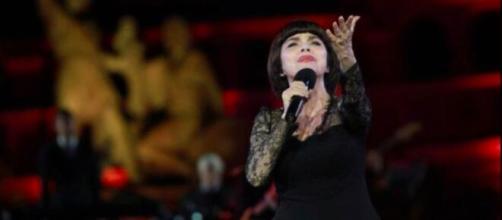 Mireille Mathieu : touchée par le deuil elle poste un message boulversant - capture d'écran page Facebook Mireille Mathieu