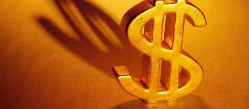 Símbolo do dólar tem suas origens anteriores a fundação dos Estados Unidos. (Arquivo Blasting News)