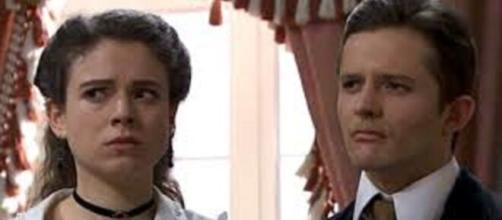 Una vita, trama del 29 giugno: Lucia e Felipe rifiutano di prestare il denaro a Samuel per la fuga.