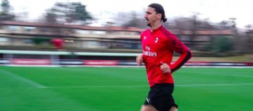 Zlatan Ibrahimovic n'a pas manqué de chambrer ses coéquipiers lors de son retour à l'entrainement - Photo capture d'écran Instagram Zlatan