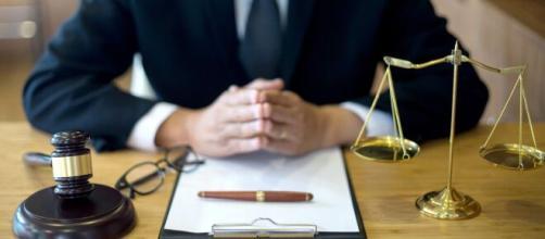Os geminianos se dão bem como jornalistas ou advogados. (Arquivo Blasting News)