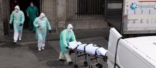 Las estadísticas oficiales aumentan por el coronavirus en España.