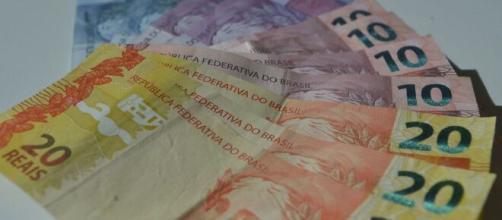 Governo transferiu dinheiro do Bolsa Família para a Secom. (Arquivo Blasting News)