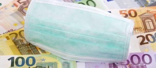 Reddito di emergenza, fissati i limiti per le famiglie: tetto massimo di 840 euro al mese.