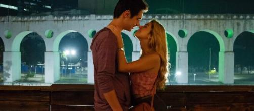 'Ricos de Amor' está disponível na Netflix. (Reprodução/Netflix)