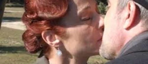 Una vita, anticipazioni Spagna: primo bacio tra Carmen e Ramon.