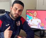 Nikola Lozina dévoile ses cinq nouveau tatouages et se fait lyncher par les internautes. Il leur répond et ça fait mal !