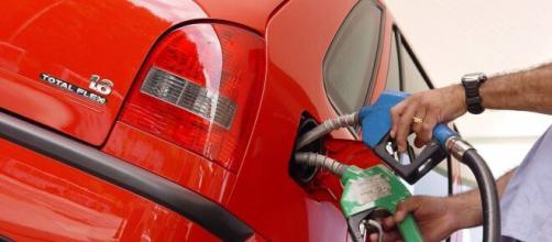 O sistema promete aumentar a economia melhorando a eficiência da separação dos componentes do combustível que vai para o motor. (Blasting News)