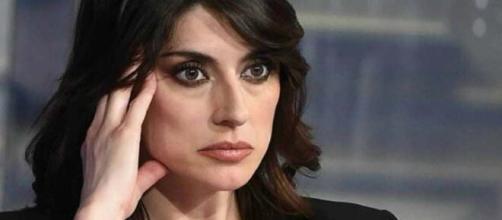 Elisa Isoardi, la conduttrice 'epurata' da La prova del cuoco, al centro di pettegolezzi ed insinuazioni.