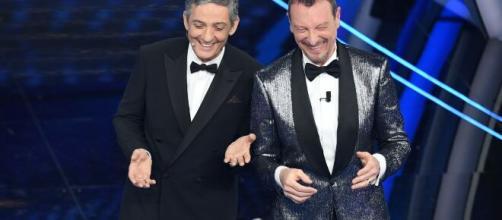 Sanremo 2021, indiscrezioni sul cast: Amadeus sul palco con Fiorello, Gerry Scotti, Simona Ventura, Elena Sofia Ricci e Jovanotti.