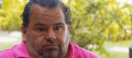 '90 Day Fiancé' fans slam Big Ed for offering cash to Rose to get naked. [Image Source: TLC/ YouTube]