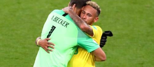 Alisson e Neymar estão entre os brasileiros mais caros do mundo. (Arquivo Blasting News)