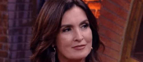 Fátima Bernardes é criticada por Eduardo Bolsonaro. (Reprodução/TV Globo)