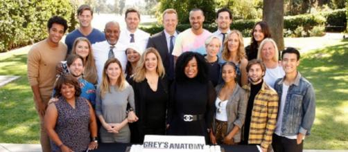 Karey Burke ha dichiarato che le trattative per il rinnovo di Grey's Anatomy sono attualmente in corso.
