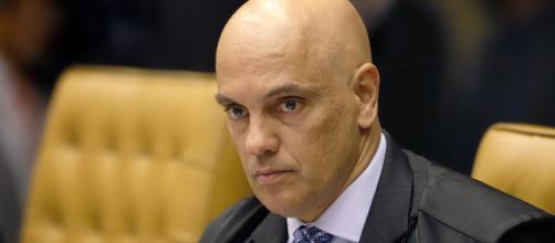 Moraes determina que governo volte a retomar divulgação completa de dados da Covid-19. (Arquivo Blasting News)