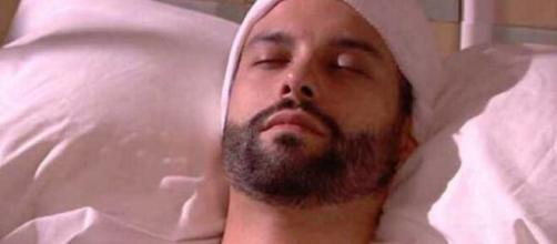 Una Vita, anticipazioni spagnole: Felipe in stato comatoso dopo l'avvelenamento.