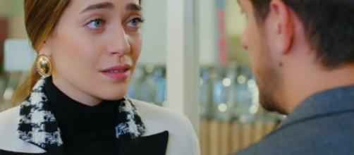 Daydreamer, trame turche: Emre non si presenta all'appuntamento con Leyla.