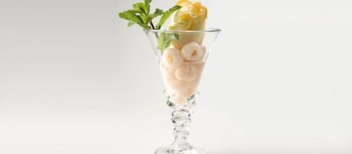 Delicioso helado del lichi para el verano