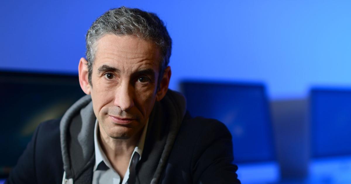 Precisamos retornar a uma rede que incentive a liberdade de expressão, diz Douglas Rushkoff thumbnail