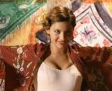 Una vita, trame spagnole: Cinta torna a esibirsi per salvare la famiglia dalla rovina.