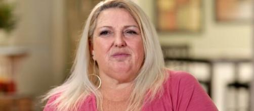 '90 Day Fiancé': Angela threatens to withhold sex with Michael over mattress issue. [Image Source: TLC/ YouTube]
