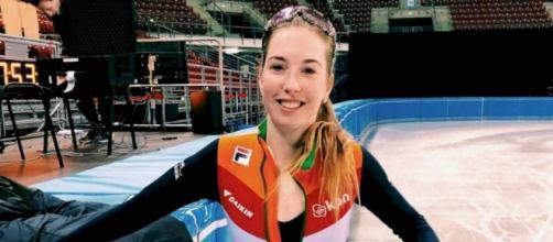 Addio a Lara van Ruijven, campionessa di short track deceduta per un disordine autoimmune.