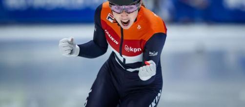 Dutch speed skating champion Lara van Ruijven dies - yahoo.com [Blasting News library]