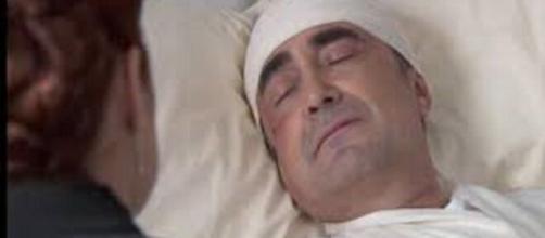 Una vita, anticipazioni Spagna: Ramon vittima di un incidente, Carmen lo ritrova in ospedale.