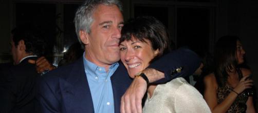 Ghislaine Maxwell quiere que eliminen los archivos del caso Epstein