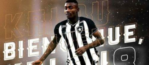 O Botafogo anunciou recentemente o marfinense Kalou. (Reprodução/Instagram/@botafogo)