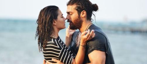 Daydreamer, anticipazioni puntata 17/07: tra Divit e Sanem scoppia la passione sul set.