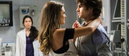 Em 'Totalmente Demais', Débora ficará arrasada por plano de Cassandra. (Foto: Globo).
