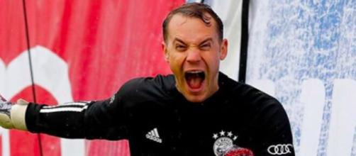 Le gardien Manuel Neuer créé la polémique en chantant un chant raciste - Photo Instagram Neuer