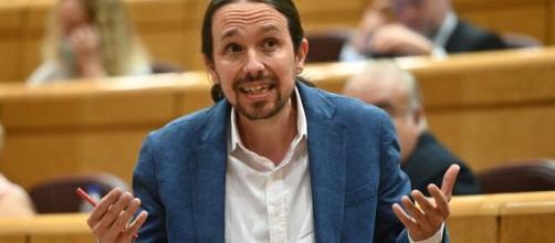 """El PP acusa a Iglesias de """"violencia de género"""" por """"el caso Dina"""""""