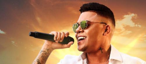 Felipe Araújo é um cantor sertanejo. (Arquivo Blasting News)