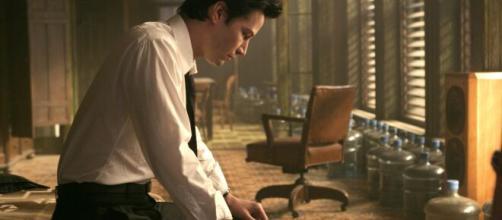 Keanu Reeves em cena de 'Constantine' (2005). (Foto: Arquivo Blastingnews)