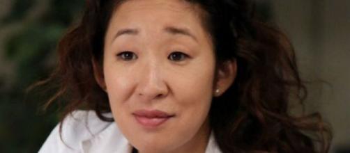Nella decima stagione di Grey's Anatomy, Cristina Yang diventa primario di cardiochirurgia e abbandona il Grey Sloan Memorial.
