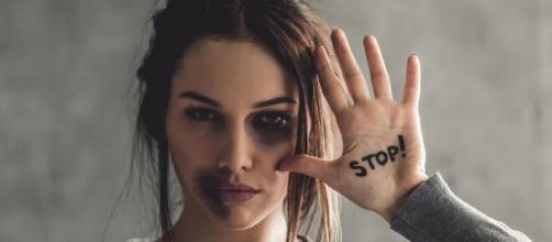 O isolamento social para prevenção da Covid-19 faz aumentar os casos de violência doméstica disparasse no Brasil. (Arquivo Blasting News)