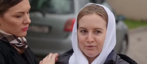 '90 Day Fiancé': Andrei tells producers that Elizabeth must convert to the Christian Orthodox religion. [Image Source: TLC/YouTube]