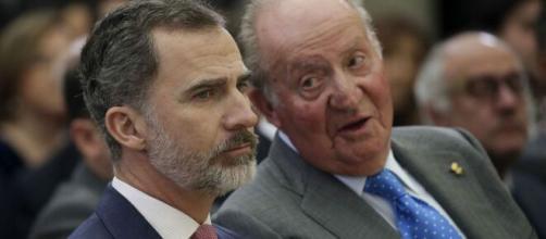 Felipe VI y Juan Carlos I en imagen.