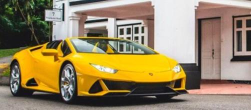 Lorient : un chômeur roule en Lamborghini et mène la grande vie grâce au trafic de drogue -photo compte lamborghini
