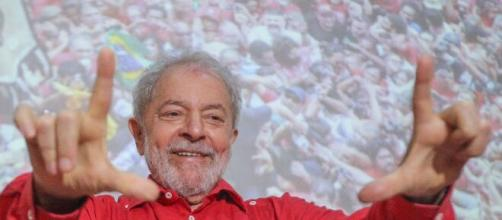 Ex-presidente Lula faz críticas a Bolsonaro. (Arquivo Blasting News)