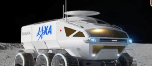NASA and JAXA design 'space RV rover.' [Image source/NEWS9 Live YouTube video]