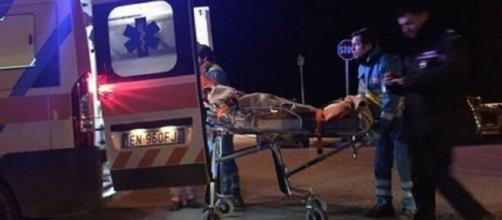Bari, un bambino di due anni è deceduto dopo essere stato investito dall'auto di suo padre in un campo rom.