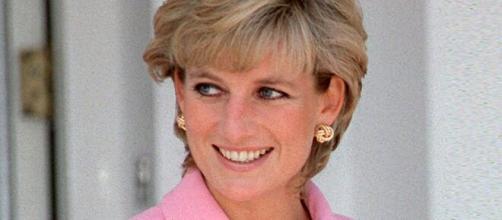 Lady Di confiesa en cintas reveladas que el nacimiento de Harry colapsó su matrimonio